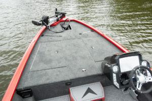 Avid 19XB Bow Fishing Deck